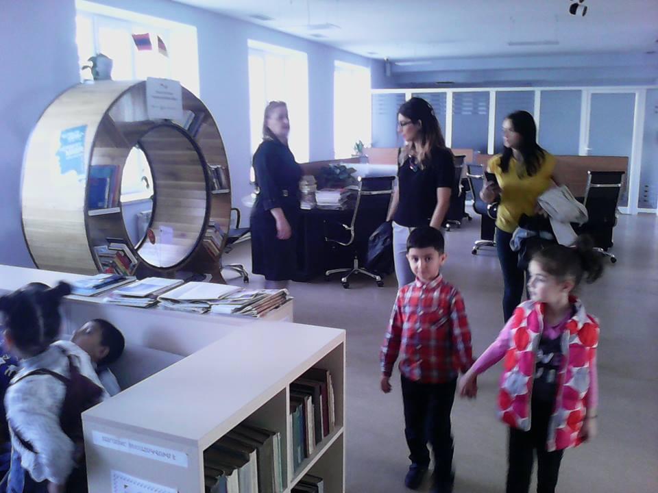 Կապանի թիվ 10 միջնակարգ դպրոցի 1բ դասարանի աշակերտների այցը (1)