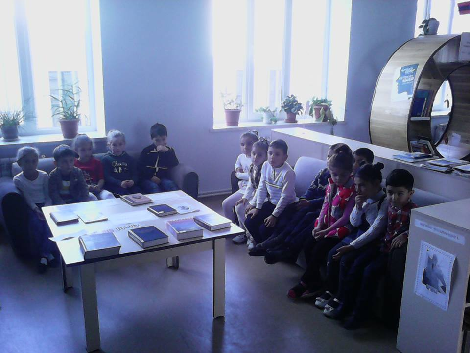 Կապանի թիվ 10 միջնակարգ դպրոցի 1բ դասարանի աշակերտների այցը (11)