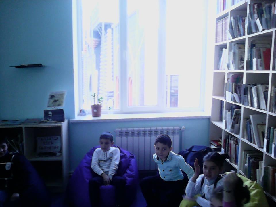 Կապանի թիվ 10 միջնակարգ դպրոցի 1բ դասարանի աշակերտների այցը (4)