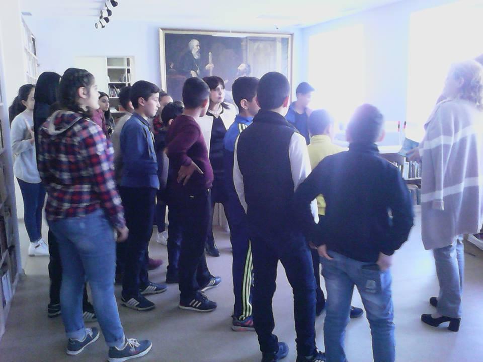 Կապանի թիվ 10 միջն. դպրոցի 7-րդ դասարան (3)