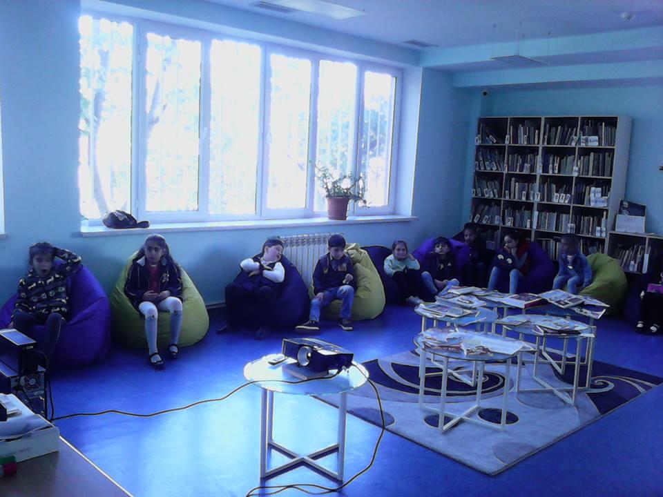 Կապանի թիվ 10 միջն. դպրոցի II- րդ ,,Բ՛՛դասարան (10)