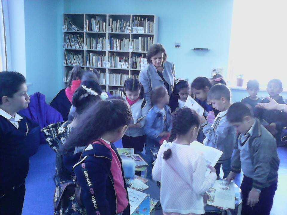 Կապանի թիվ 10 միջն. դպրոցի II- րդ ,,Բ՛՛դասարան (11)
