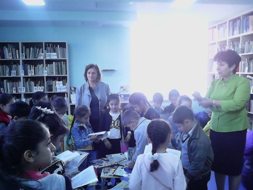 Կապանի թիվ 10 միջն. դպրոցի II- րդ ,,Բ՛՛դասարան (9)