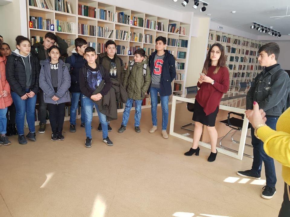 Կապանի թիվ 3 միջնակարգ դպրոցի IX Բ դասարանի աշակերտների այցը (12)