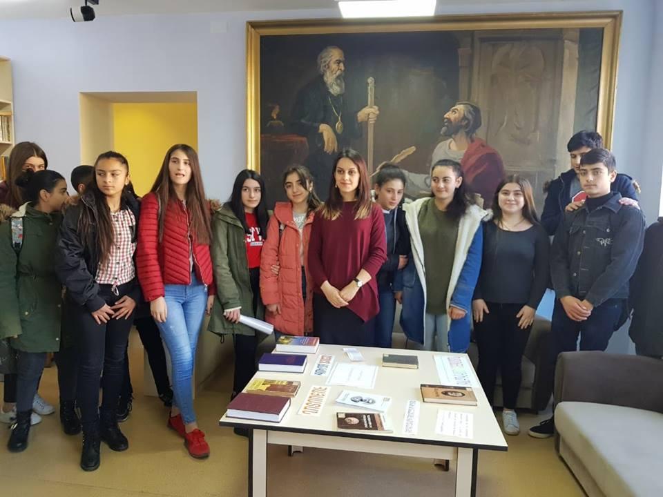 Կապանի թիվ 3 միջնակարգ դպրոցի IX Բ դասարանի աշակերտների այցը (15)
