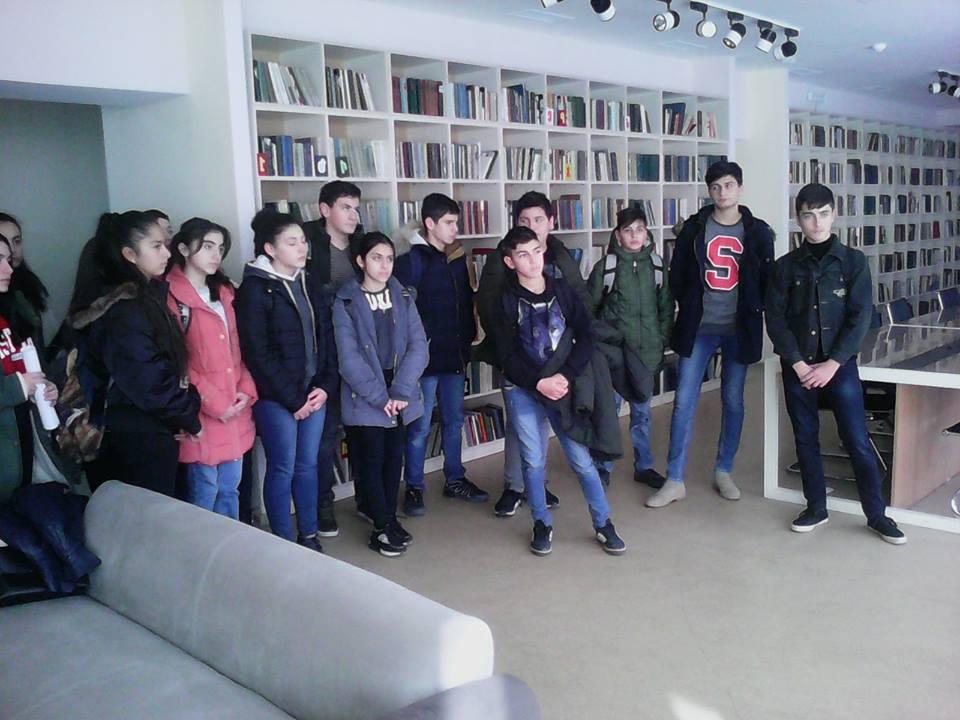 Կապանի թիվ 3 միջնակարգ դպրոցի IX Բ դասարանի աշակերտների այցը (18)
