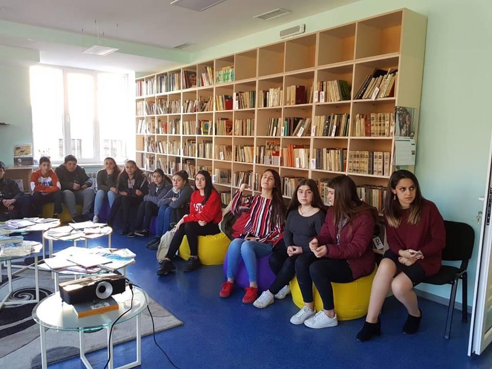 Կապանի թիվ 3 միջնակարգ դպրոցի IX Բ դասարանի աշակերտների այցը (2)
