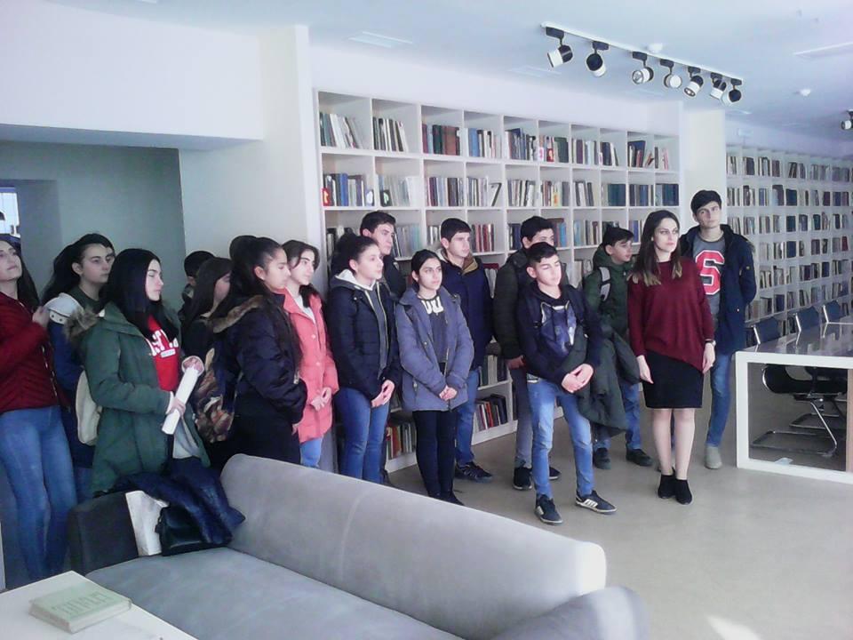 Կապանի թիվ 3 միջնակարգ դպրոցի IX Բ դասարանի աշակերտների այցը (3)