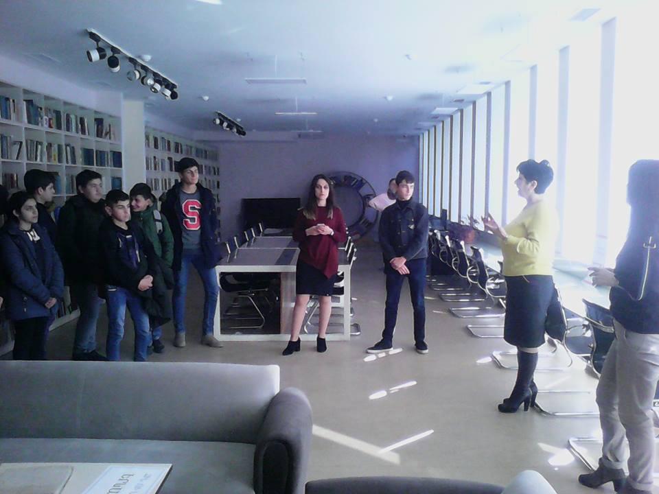 Կապանի թիվ 3 միջնակարգ դպրոցի IX Բ դասարանի աշակերտների այցը (4)