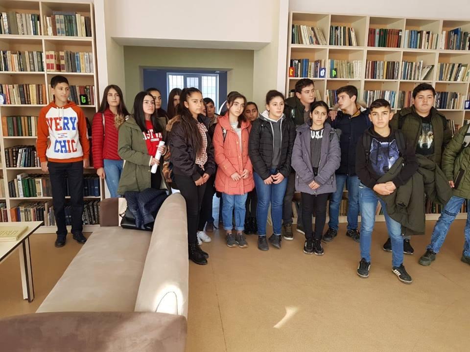 Կապանի թիվ 3 միջնակարգ դպրոցի IX Բ դասարանի աշակերտների այցը (5)