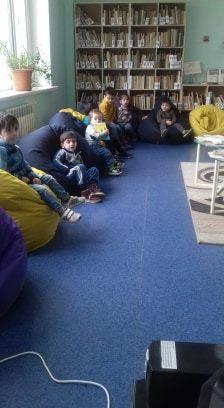 էլեկտրոնային գրադարան այցելեցին թիվ 5 ՆՈՒՀ-ի միջին խմբի սաները (16)