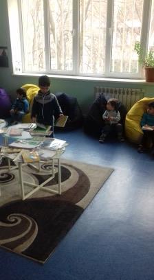 էլեկտրոնային գրադարան այցելեցին թիվ 5 ՆՈՒՀ-ի միջին խմբի սաները (6)