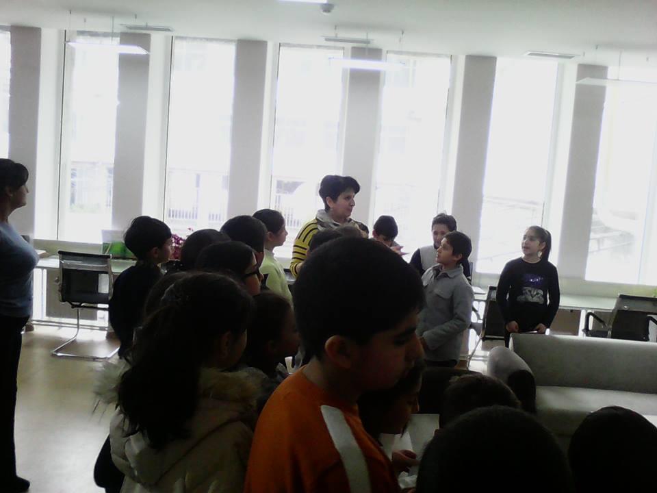 Էլեկտրոնային գրադարան այցելեցին թիվ 7 հիմնական դպրոցի V-րդ (15)