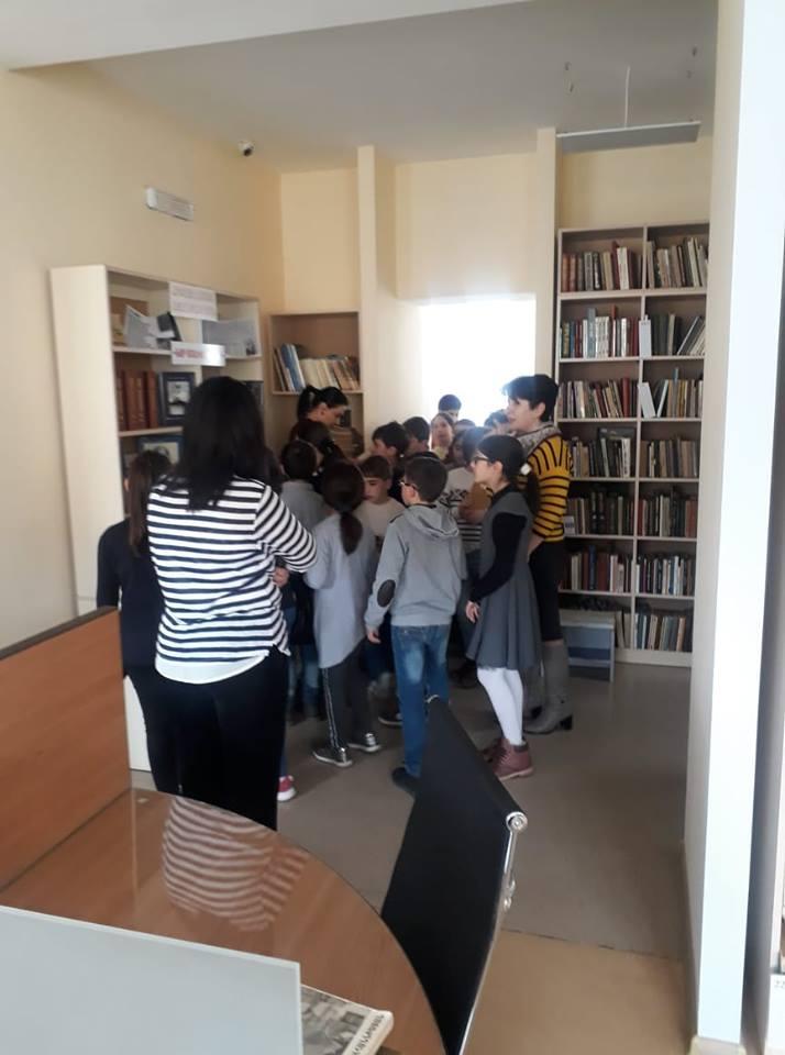 Էլեկտրոնային գրադարան այցելեցին թիվ 7 հիմնական դպրոցի V-րդ (17)