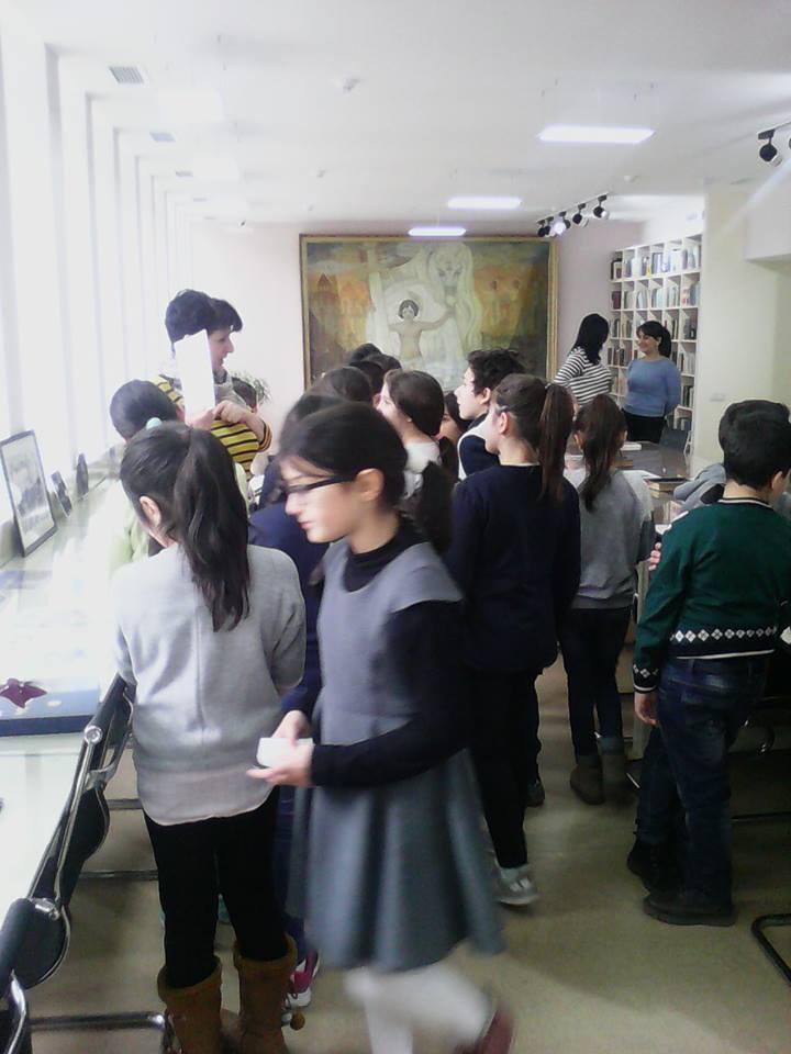 Էլեկտրոնային գրադարան այցելեցին թիվ 7 հիմնական դպրոցի V-րդ (21)