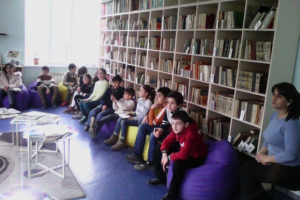 Էլեկտրոնային գրադարան այցելեցին թիվ 7 հիմնական դպրոցի V-րդ ,,բ՛՛ դասարանի աշակերտները