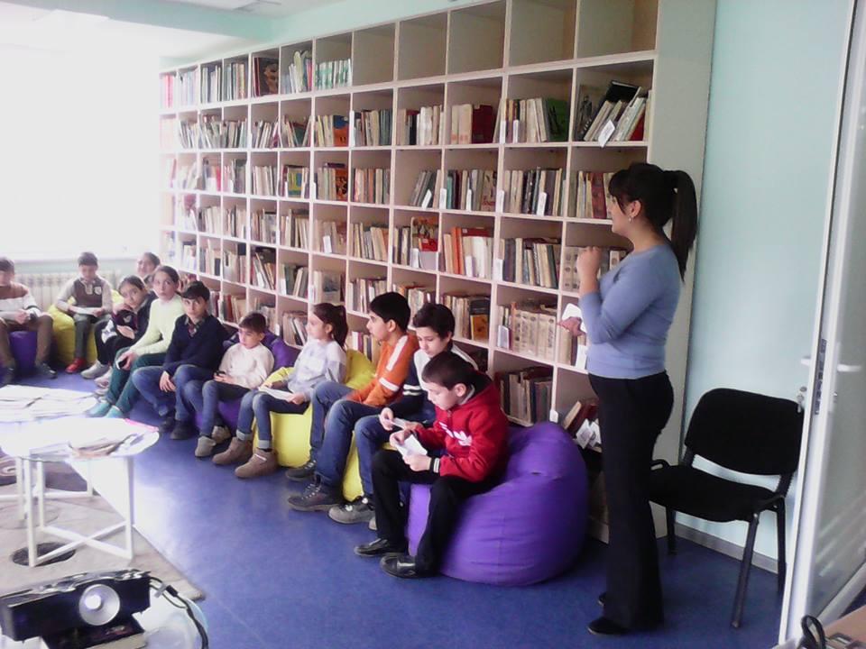Էլեկտրոնային գրադարան այցելեցին թիվ 7 հիմնական դպրոցի V-րդ (8)
