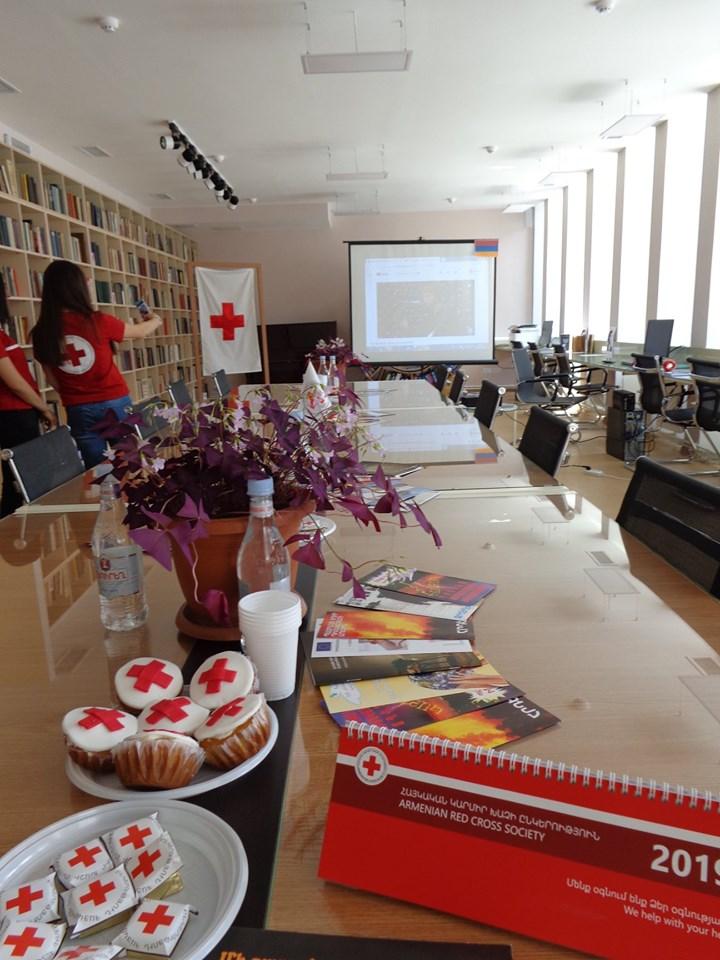 Միջոցառում նվիրված Կարմիր խաչի և Կարմիր Մահիկի միջազգային օրվան (11)
