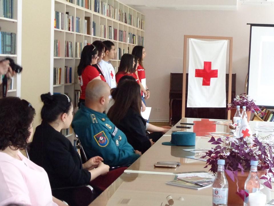 Միջոցառում նվիրված Կարմիր խաչի և Կարմիր Մահիկի միջազգային օրվան (6)