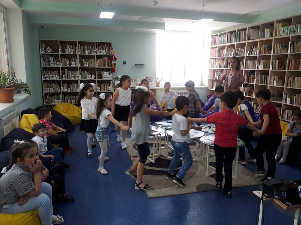 Թիվ 10 միջն. դպրոցի I- ին դասարանի աշակերտների այցը (1)