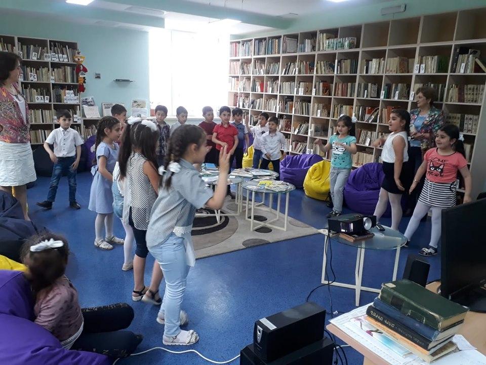 Թիվ 10 միջն. դպրոցի I- ին դասարանի աշակերտների այցը (11)