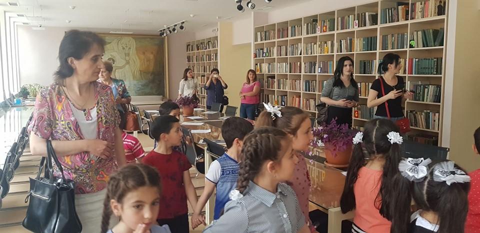 Թիվ 10 միջն. դպրոցի I- ին դասարանի աշակերտների այցը (14)
