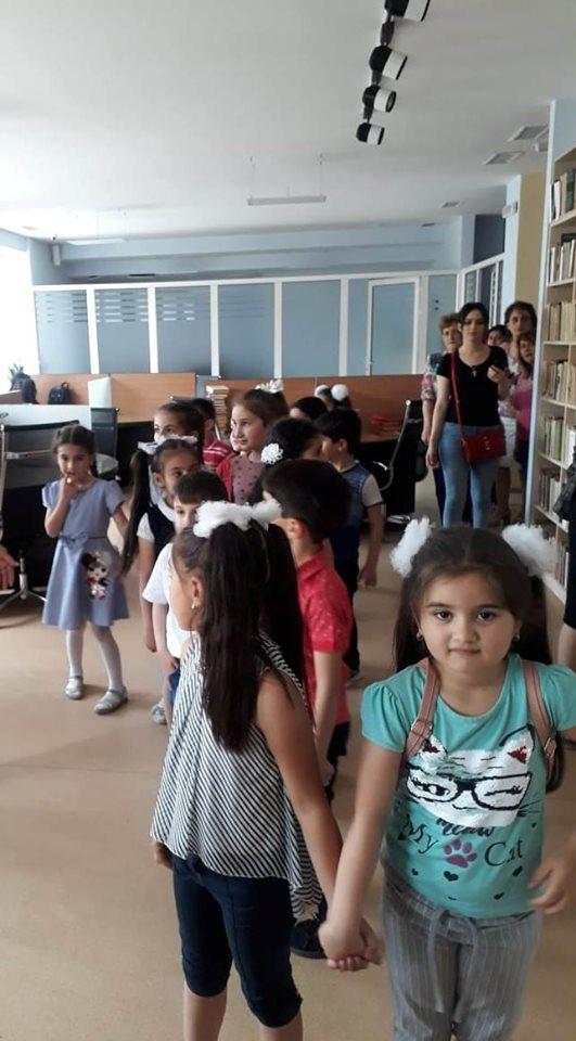 Թիվ 10 միջն. դպրոցի I- ին դասարանի աշակերտների այցը (18)