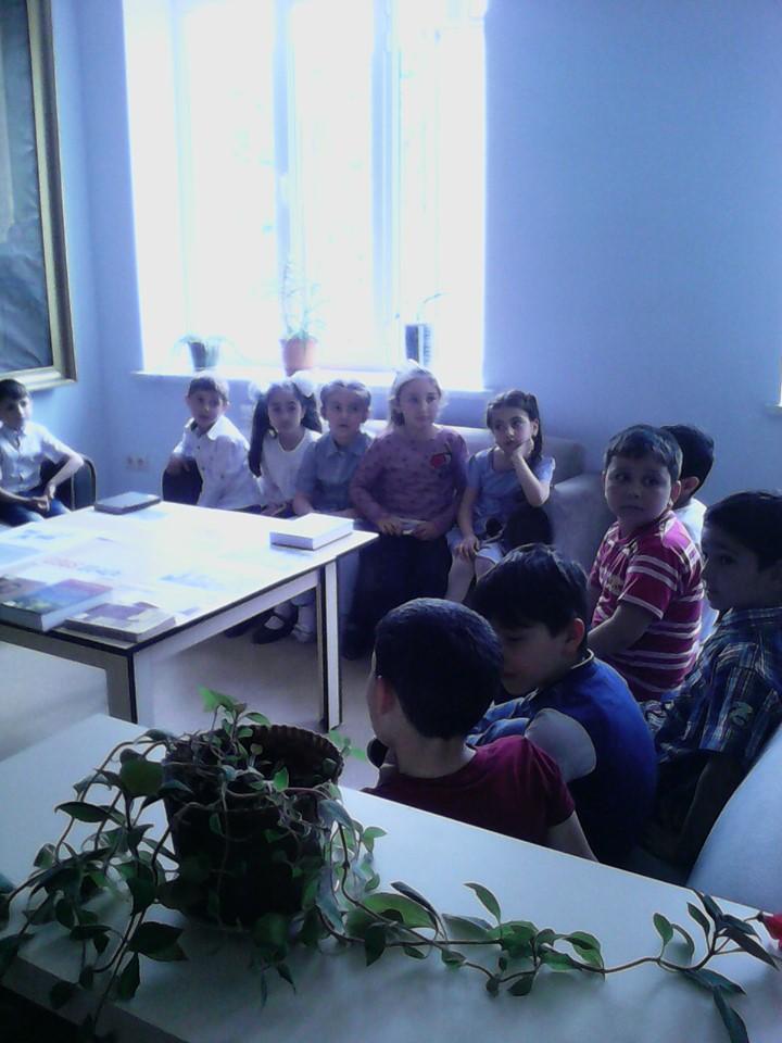 Թիվ 10 միջն. դպրոցի I- ին դասարանի աշակերտների այցը (21)