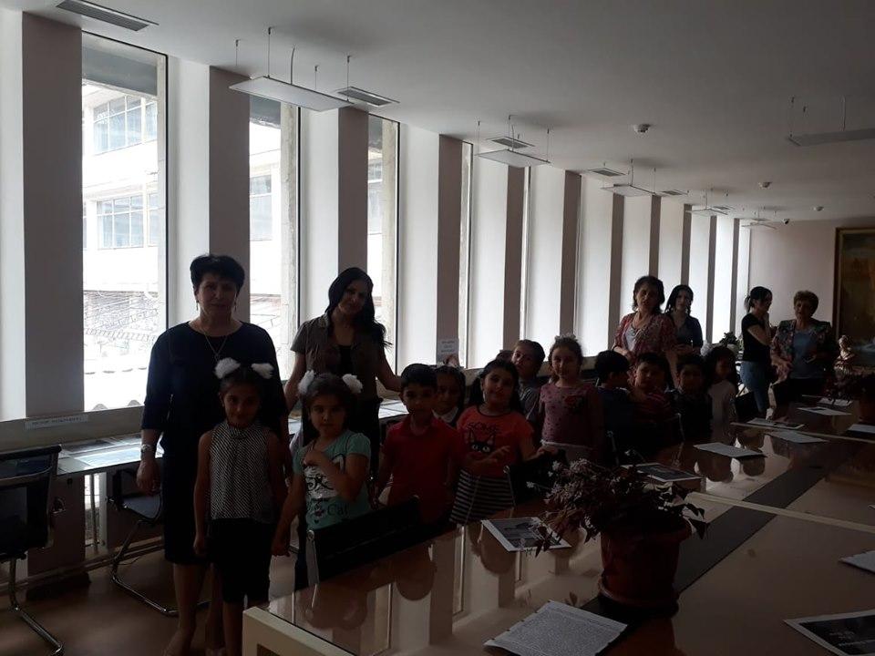 Թիվ 10 միջն. դպրոցի I- ին դասարանի աշակերտների այցը (22)