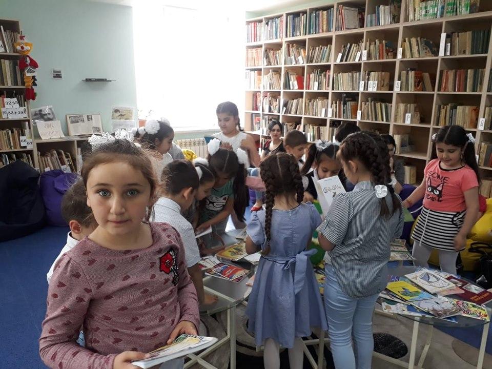 Թիվ 10 միջն. դպրոցի I- ին դասարանի աշակերտների այցը (31)