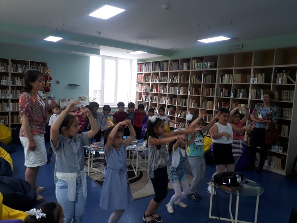 Թիվ 10 միջն. դպրոցի I- ին դասարանի աշակերտների այցը (4)