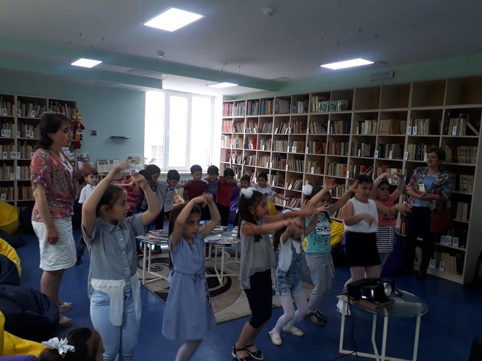 Թիվ 10 միջն. դպրոցի I- ին դասարանի աշակերտների այցը (5)