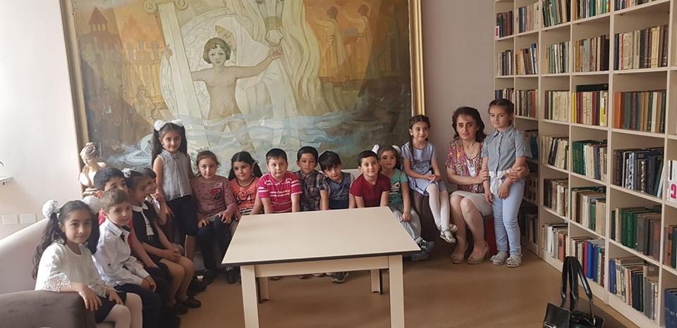 Թիվ 10 միջն. դպրոցի I- ին դասարանի աշակերտների այցը (8)
