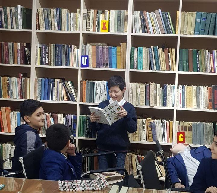 Հովհ. Թումանյանի ծննդյան օրը՝ փետրվարի 19-ին, նշվում է որպես Գիրք նվիրելու օր